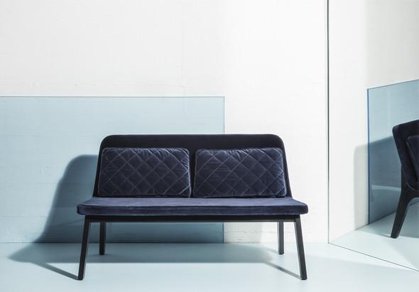 Lean Lounge Sofa 1